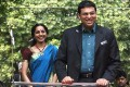 <b>V for victory</b> Vishy and wife arrive back in Chennai