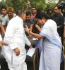 <b>New partners</b> Mulayam-Mamata at a press conference after meeting Sonia
