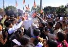 <b>Uproar time</b> BJP workers protest Shinde's remarks on saffron terror