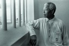 <b>1994</b> Mandela revisits his Robben Island prison cell