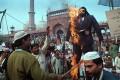 <b>Against the verses</b> Rushdie's effigy being burnt in front of Jama Masjid in Delhi