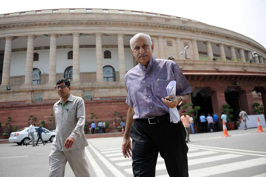 Centre's Pilot Programmes Improve the Lives of Poor: M.J. Akbar