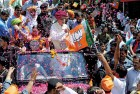 <b>Old War Horse:</b> Advani in Bavla, near Ahmedabad
