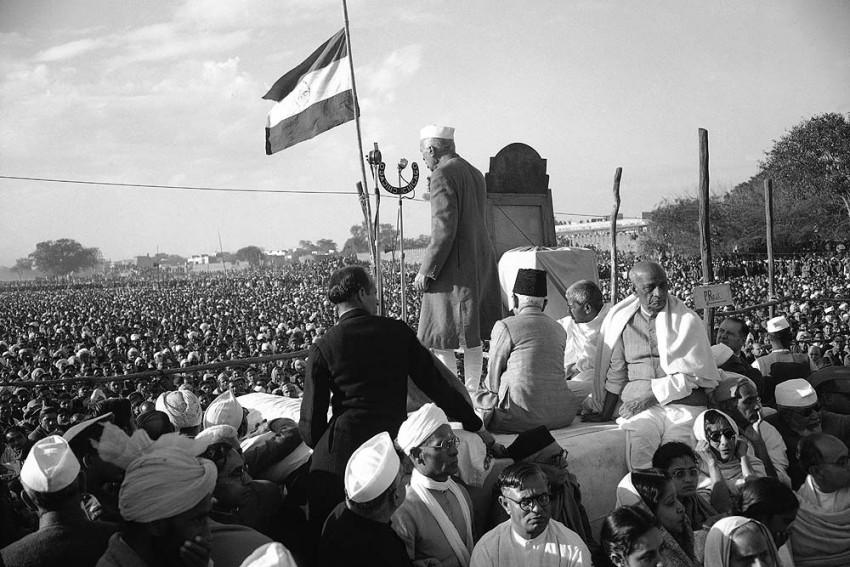 Nehru, Year Of Death, 2014?