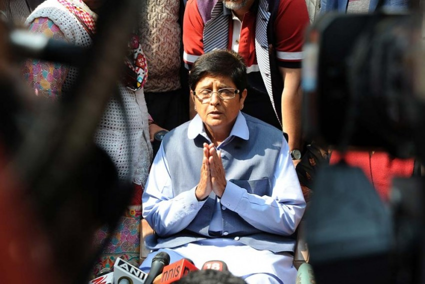 After Kiran Bedi Sacks Top Puducherry Official Over Porn, Turf War Between Govt And LG Comes To A Flashpoint