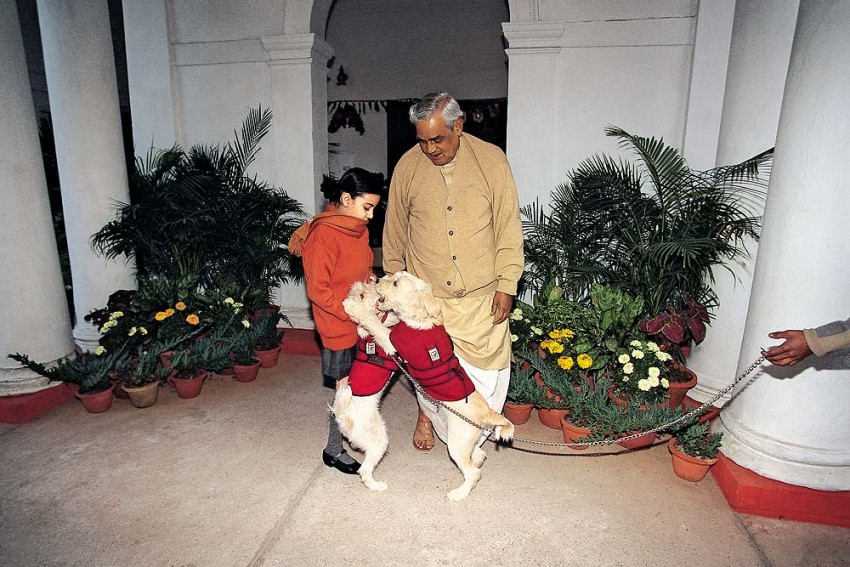 Vajpayee: Love, Life and Poetry