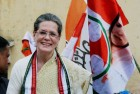Sonia Gandhi's Condition Improves, Azad Pays Her a Visit