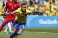 Neymar Crowned Samba King as Hosts End on a High