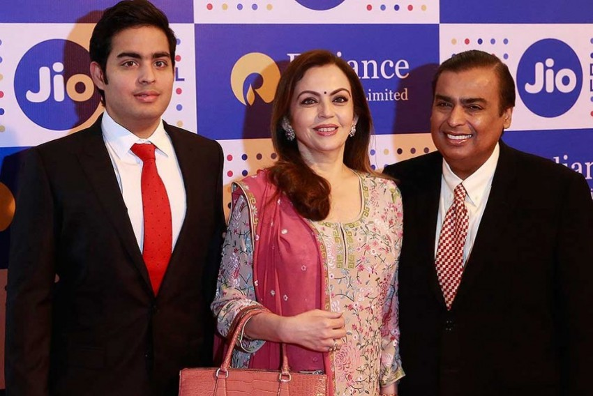 Ambani's Jio Speech Wipes Out Rs 3000 Crore in Market Cap of Rivals