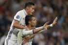 Ronaldo, Santos Scoop Top Prizes at Globe Soccer Awards