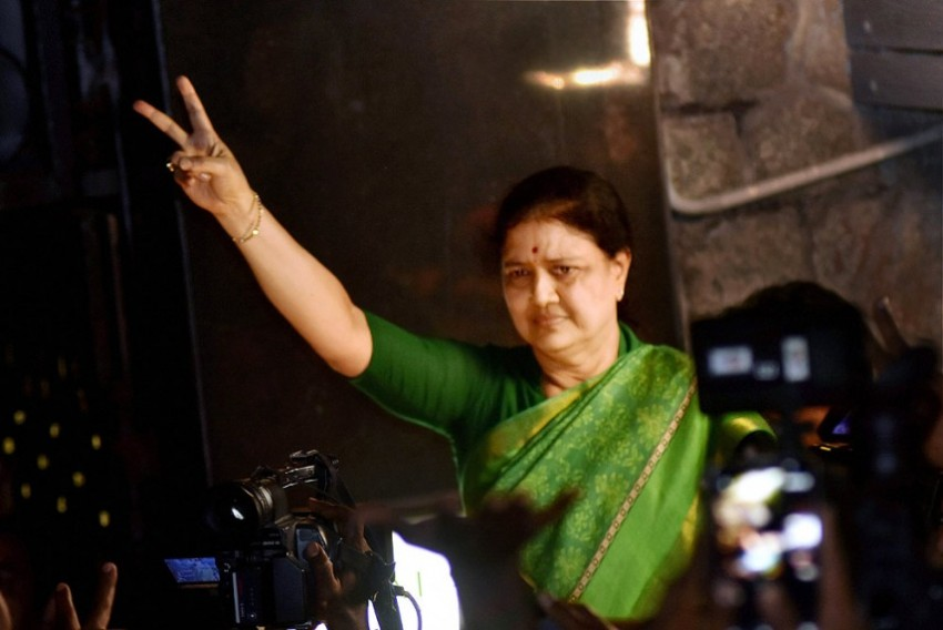 'Sorry. Declined': Apex Court Refuses To Give Urgent Hearing On Sasikala In Illegal Assets Case
