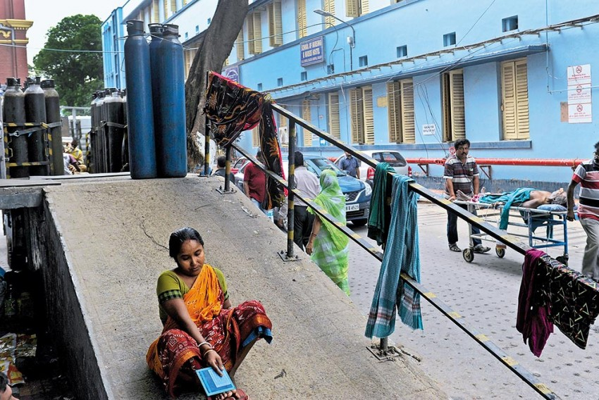 Childcare In Odisha, Bengal: The Children's Ward Is Full