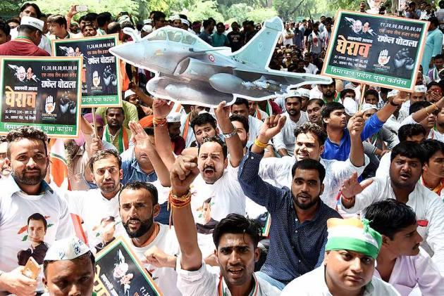 Rising Pitch Of Charges Over Rafale Deal Has Shades Of Bofors