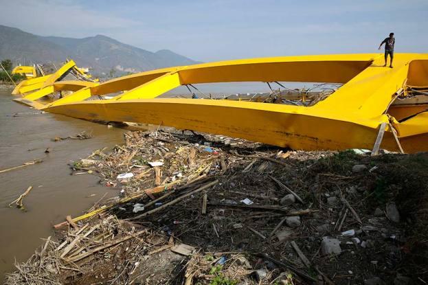 Nearly 400 Killed In Indonesia Earthquake, Tsunami, Death Toll May Rise