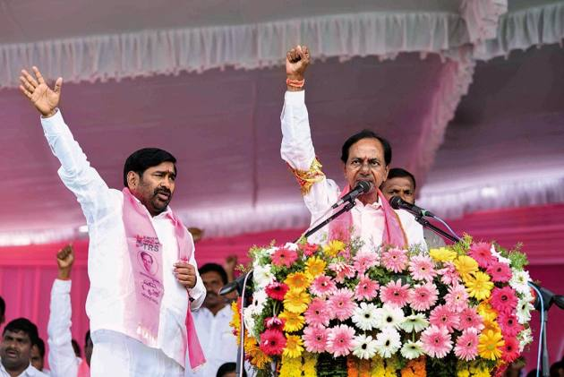 In Telangana, Congress-led 'Praja Kutami' Offers A Stiff Challenge To TRS