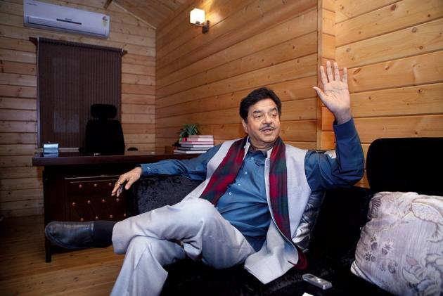 Laloo Prasad Yadav Is An Earthy Politician, A Man Of Principles: Shatrughan Sinha