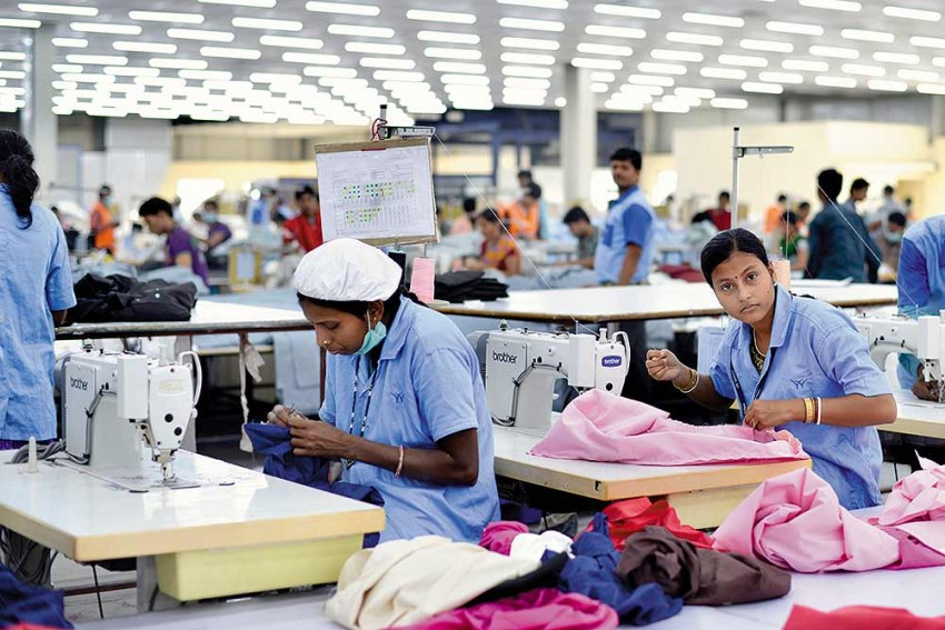 Why Female Participation In Workforce Is On The Decline In India?