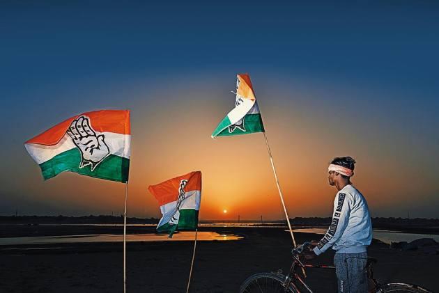 Rahul Gandhi's Nyuntam Aay Yojana Is The 'Final Assault On Poverty'. Really?
