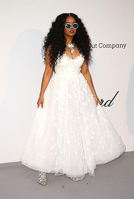Rihanna (Singer)