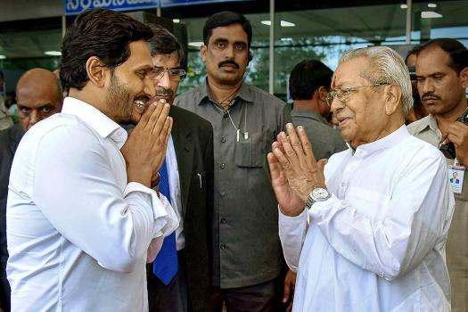 Y S  Jagan Mohan Reddy: Latest News on Y S  Jagan Mohan Reddy, Y S