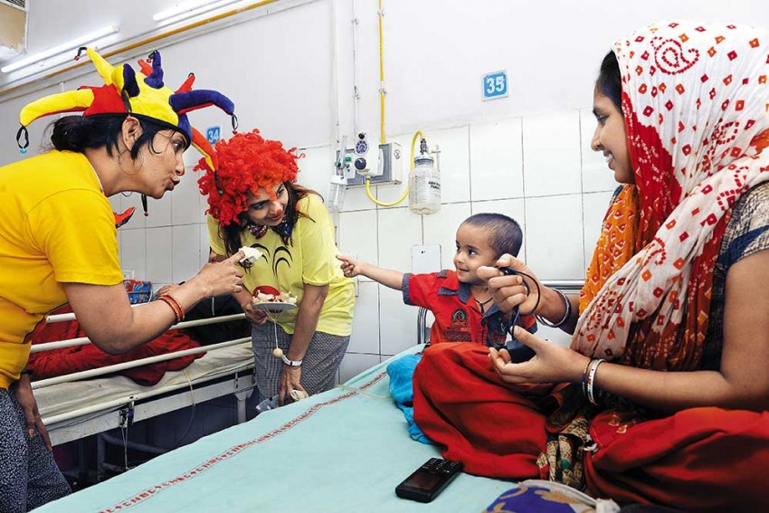 Meet Dr Laff-A-Lot! How Medical Clowns Are Providing A Healing Touch With A Smile