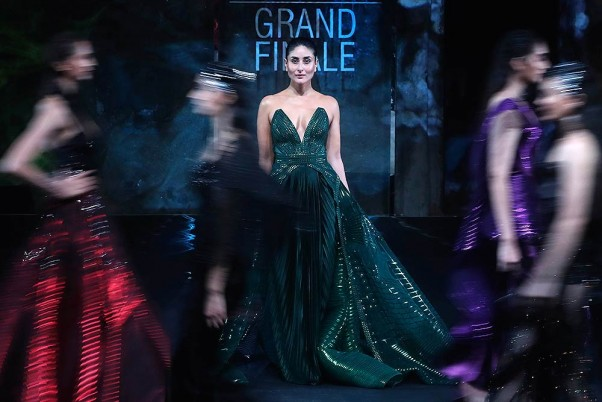 Outlook India Photo Gallery In Photos Lakme Fashion Week 2020 In Mumbai