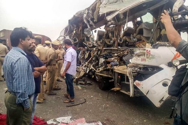 Outlook India Photo Gallery - Accidents