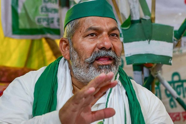 Rakesh Tikait Arrested Amid Farmer Protests? Delhi Police Calls it Fake News