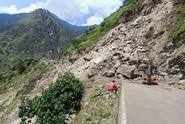 Himachal Pradesh: 4 Trekkers On Manimahesh Yatra In Chamba Found Dead, 7 Rescued