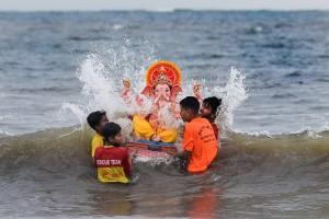 Ganesh Visarjan 2021: Devotees Bid Adieu To Lord Ganesh
