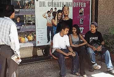 Aamir As A PLUs Sign