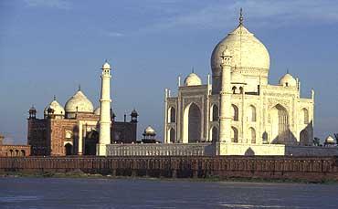 The Craftiness Beneath The 'Wah! Taj'