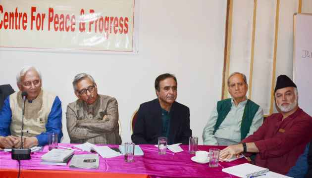 Modi's Message On Terrorism Ruined Tourism Industries in J&K: Mani Shankar Aiyar