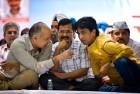 Alleging Conspiracies Against Him, Kumar Vishwas Indicates He May Quit AAP