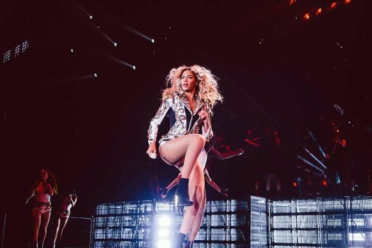 Beyonce Wins Best Female R&B/Pop Artiste Award at BET
