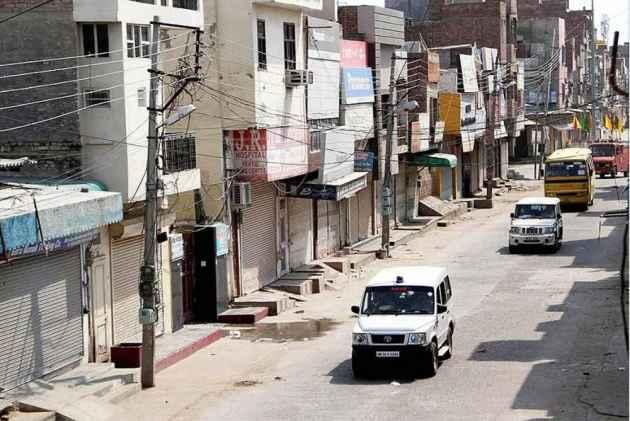 Kurukshetra: Police Seals Nine Dera Sacha Sauda Centres, 2500 Lathis, Other Weapons Seized