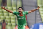 Bangladeshi Cricketer Mortaza Sustains Minor Injury in a Road Accident