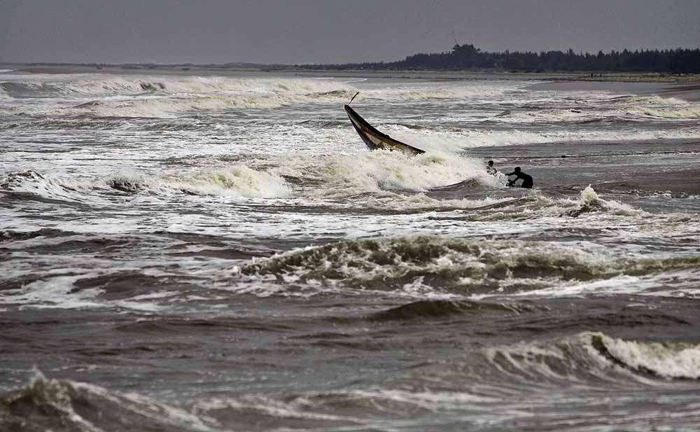 Cyclone Phailin: Over 8 Lakhs Evacuated in Odisha, AP