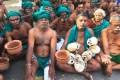 Tamil Nadu CM Meets Farmers At Jantar Mantar, Advises Them To Call Off Protest