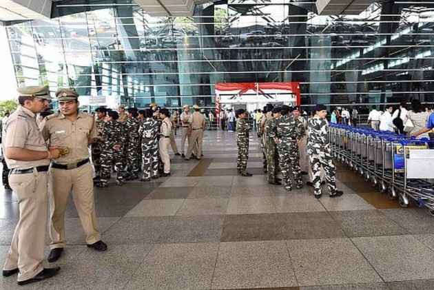 Soldier Found Carrying Two Grenades Arrested at Srinagar Airport