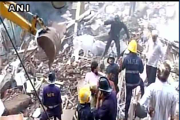 Death Toll in Mumbai Building Collapse Mounts to 33