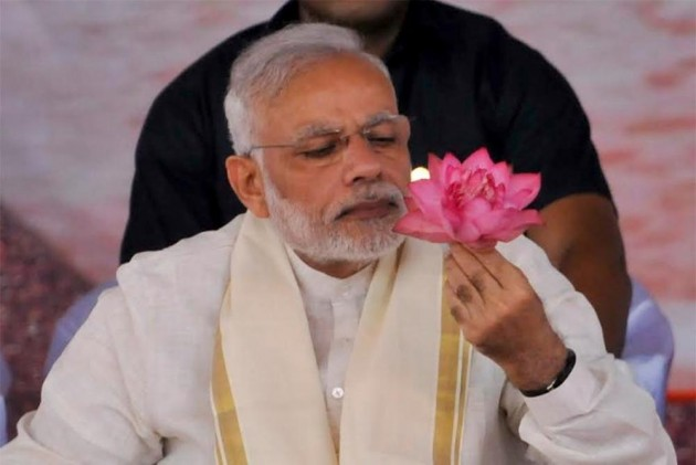 Former Soldier's Wife Sends 56-Inch-Blouse To Prime Minister Modi