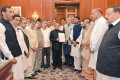 Kashmir: Opposition Leaders Meet Prez, Press For Political Solution