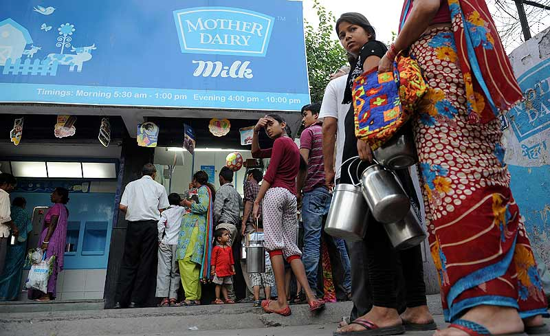 Amul, Mother Dairy Among 21 Milk Samples Tested Sub Standard