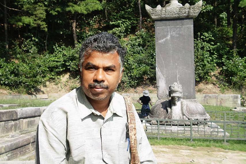 Madras HC's Breather to Writer Perumal Murugan