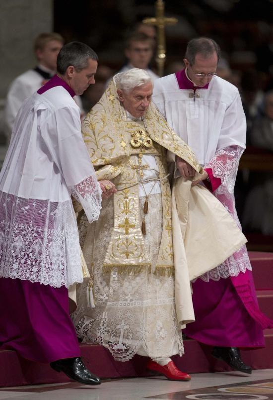 Pope Benedict XVI To Resign on Feb 28