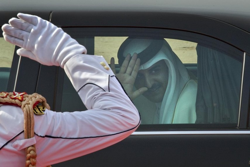 Saudi Arabia Reopens Qatar Border After Surprise Meeting