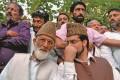 India Warns Pak Against Aziz Meeting Separatists