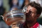 Wawrinka Dashes Djokovic's Dream to Win French Open