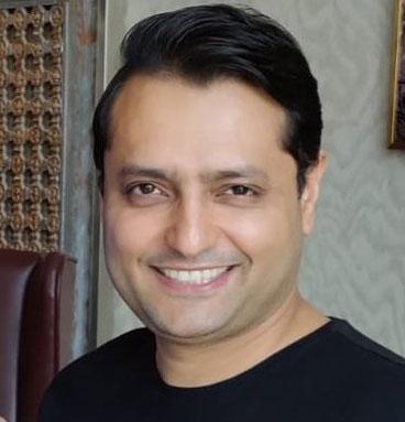 Nikhil Naz